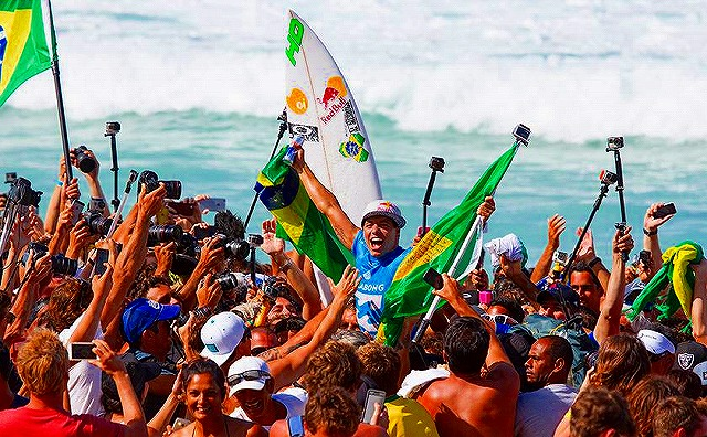 Adriano De Souza1